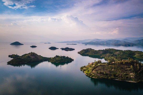 Rwanda-Lake-Kivu-1-1920x1439