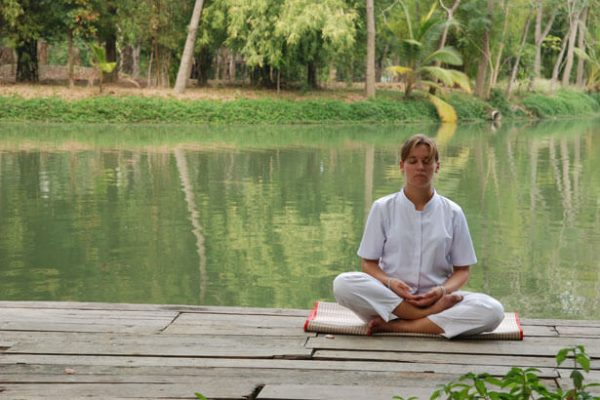 meditation-by-the-lake-55721299753723Ly4 (1)
